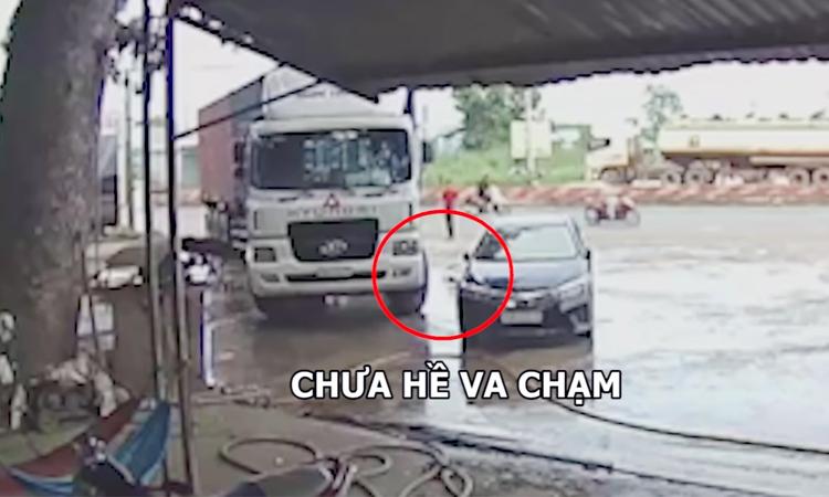 Tài xế ôtô lấy vết xước cũ 'ăn vạ' container