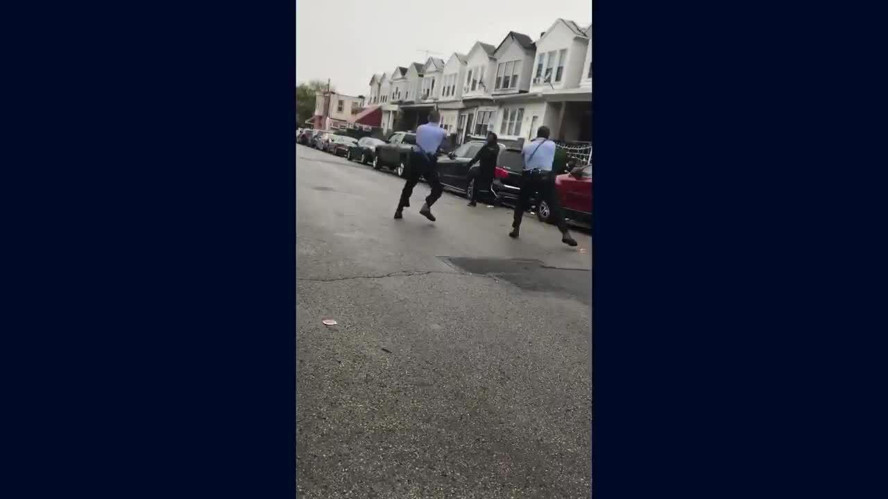 Bạo loạn vì cảnh sát bắn chết người da màu
