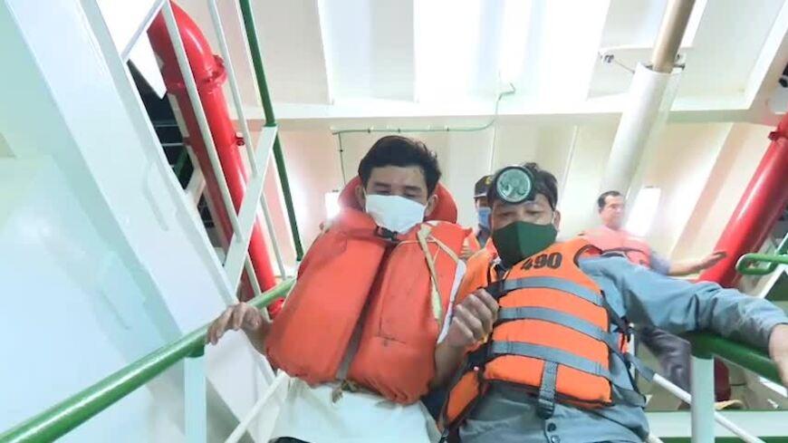 Video minh hoa cứu 3 người trong vụ 26 ngư dân mất tích trên biển