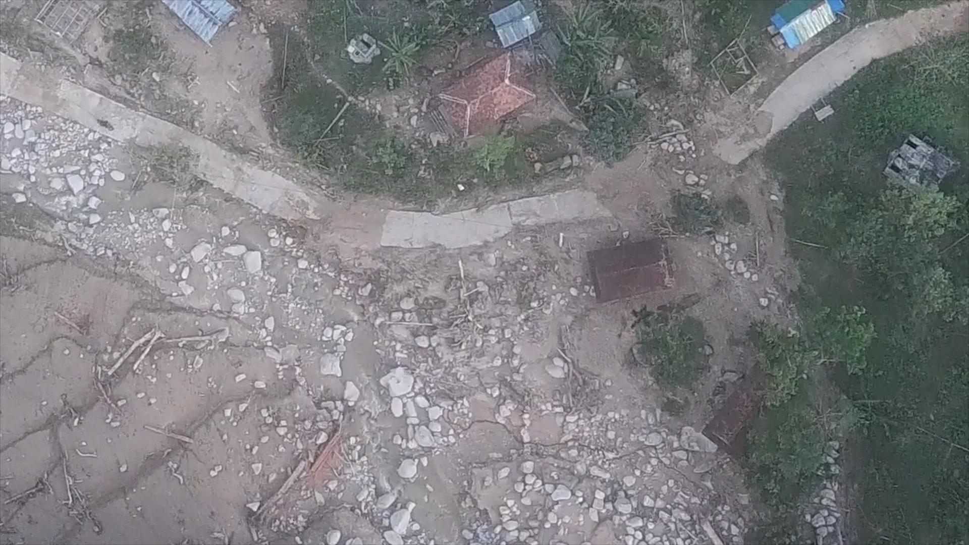 Hơn 40 người thoát nạn ở vụ sạt lở núi