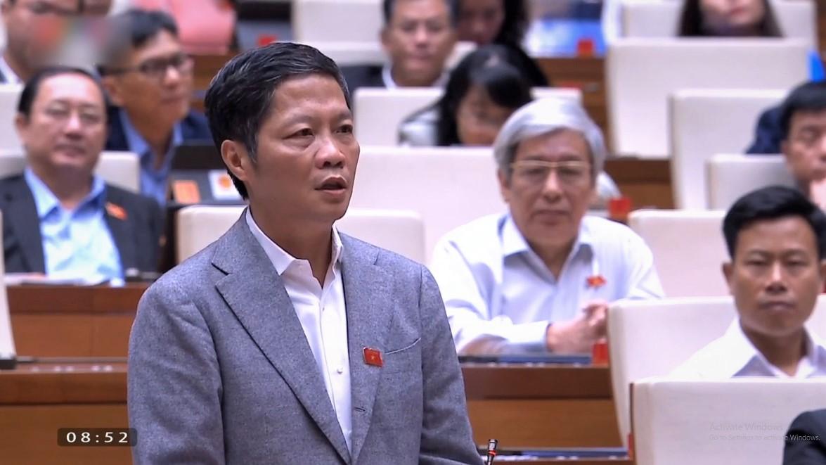 Bộ trưởng Công Thương Trần Tuấn Anh phát biểu tại Quốc hội