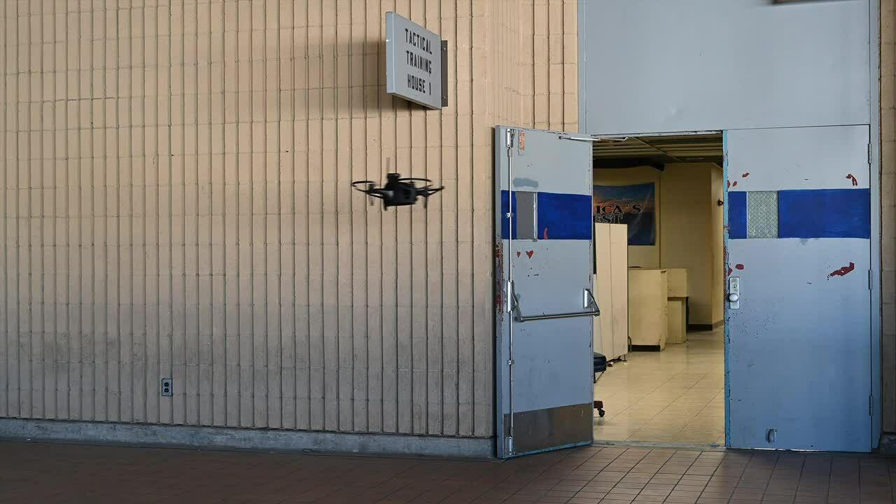 Cảnh sát Mỹ bắt đầu dùng drone có trí tuệ nhân tạo