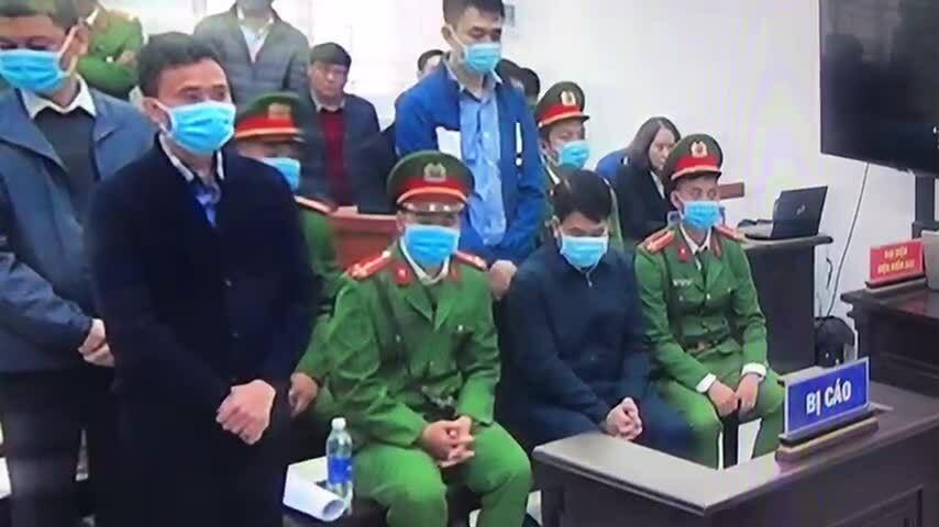Các bị cáo nghe tuyên án vụ ông Chung