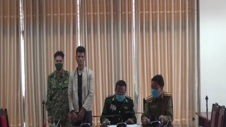 Bắt người Lào chuyển 8kg ma tuý trốn vào Việt Nam