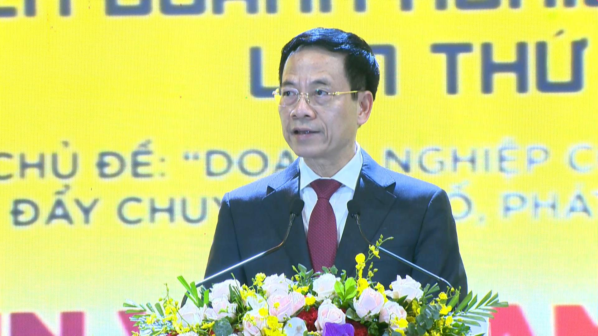 Bộ trưởng Nguyễn Mạnh Hùng phát biểu