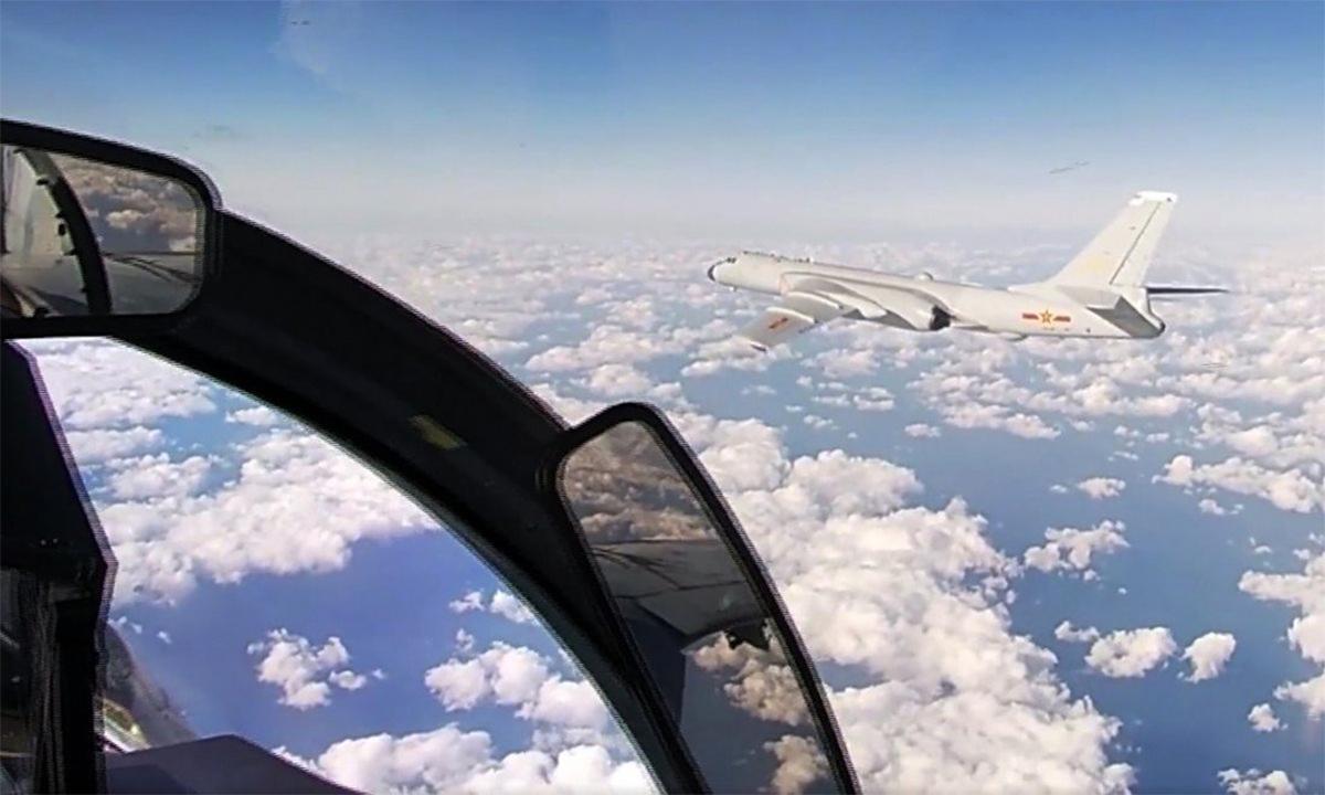 Chuyến tuần tra chung phơi bày điểm yếu oanh tạc cơ Trung Quốc