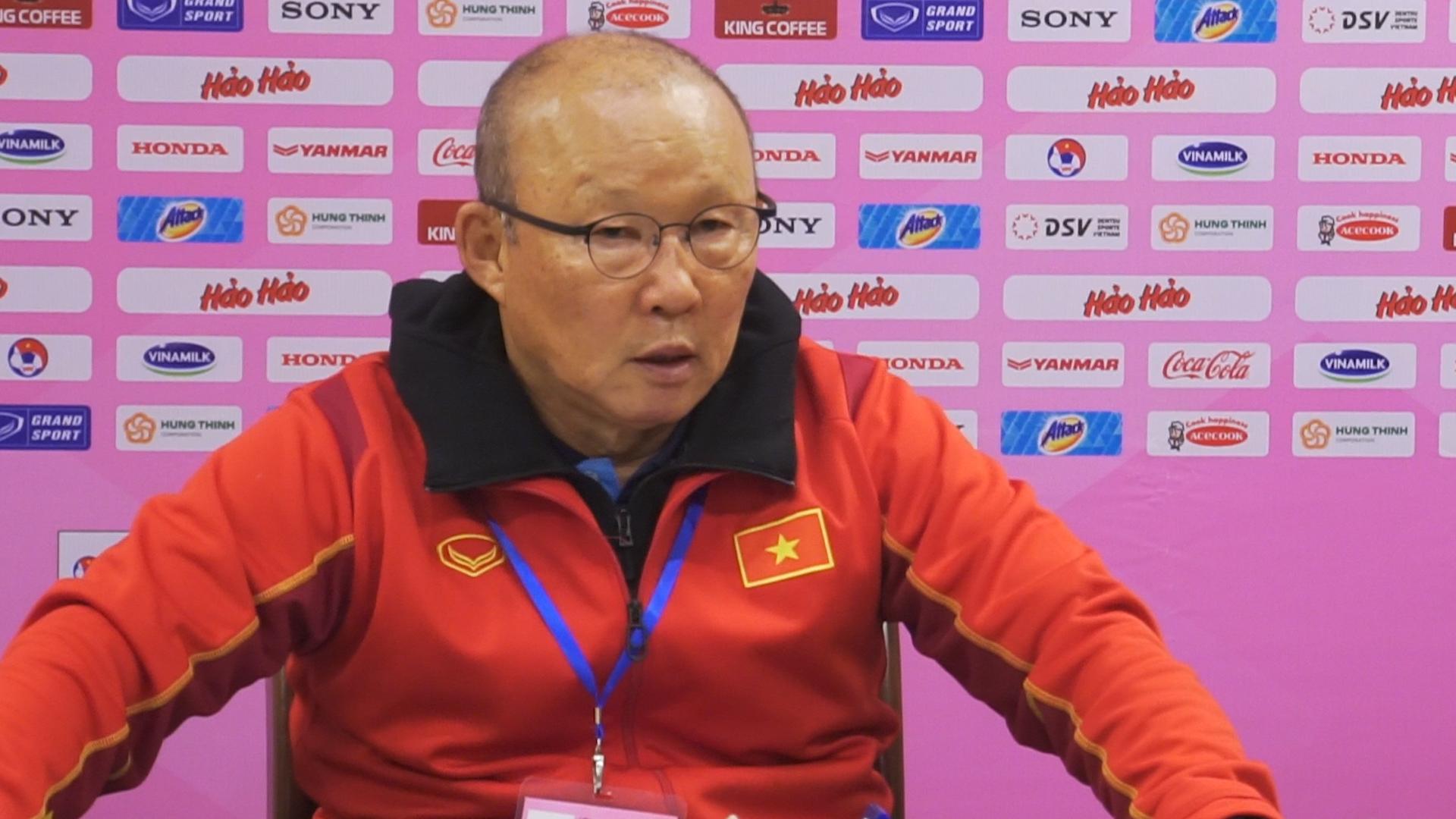 Ông Park: Tuyển Việt Nam còn vấn đề