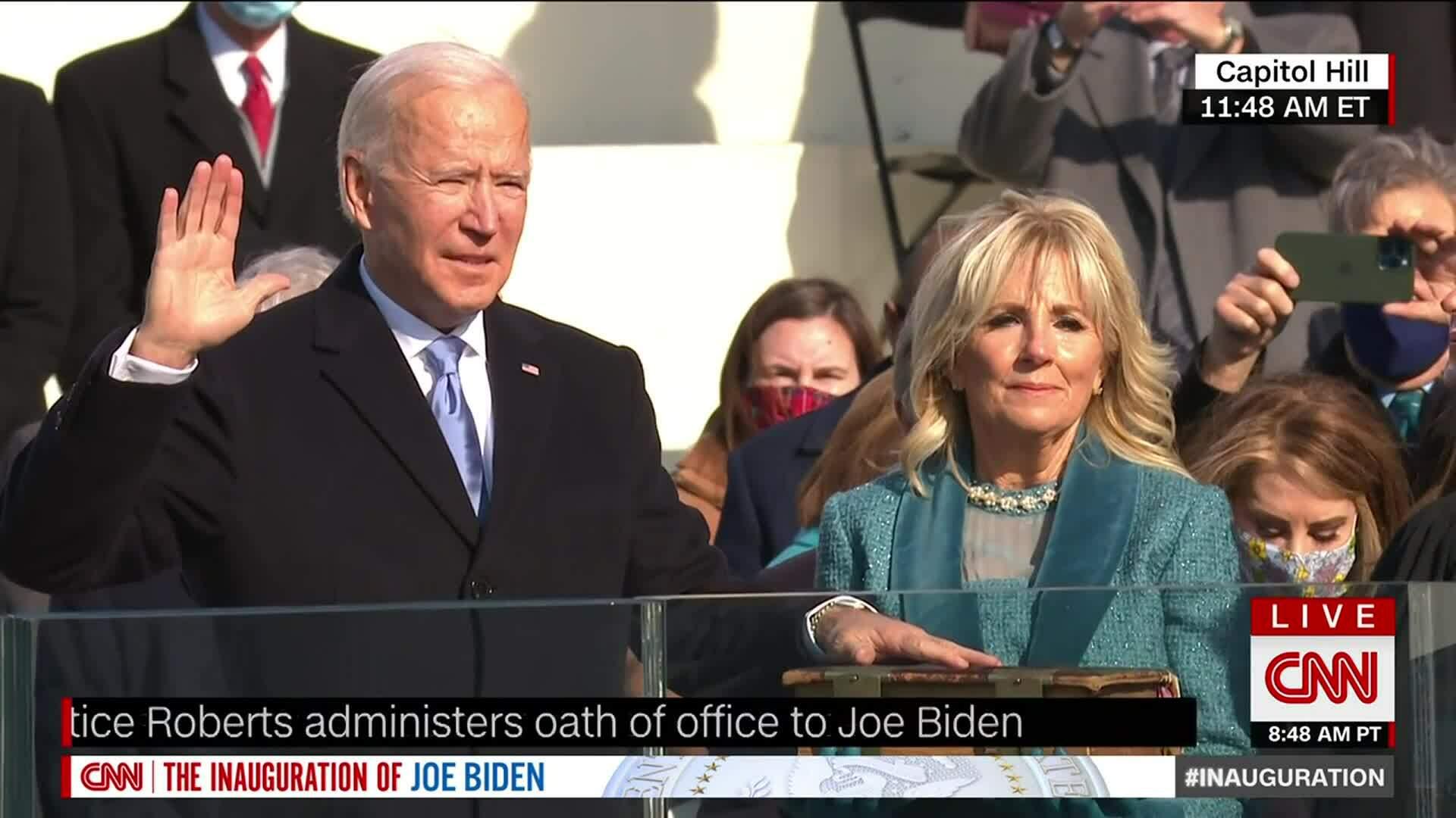 Biden tuyên thệ nhậm chức Tổng thống Mỹ