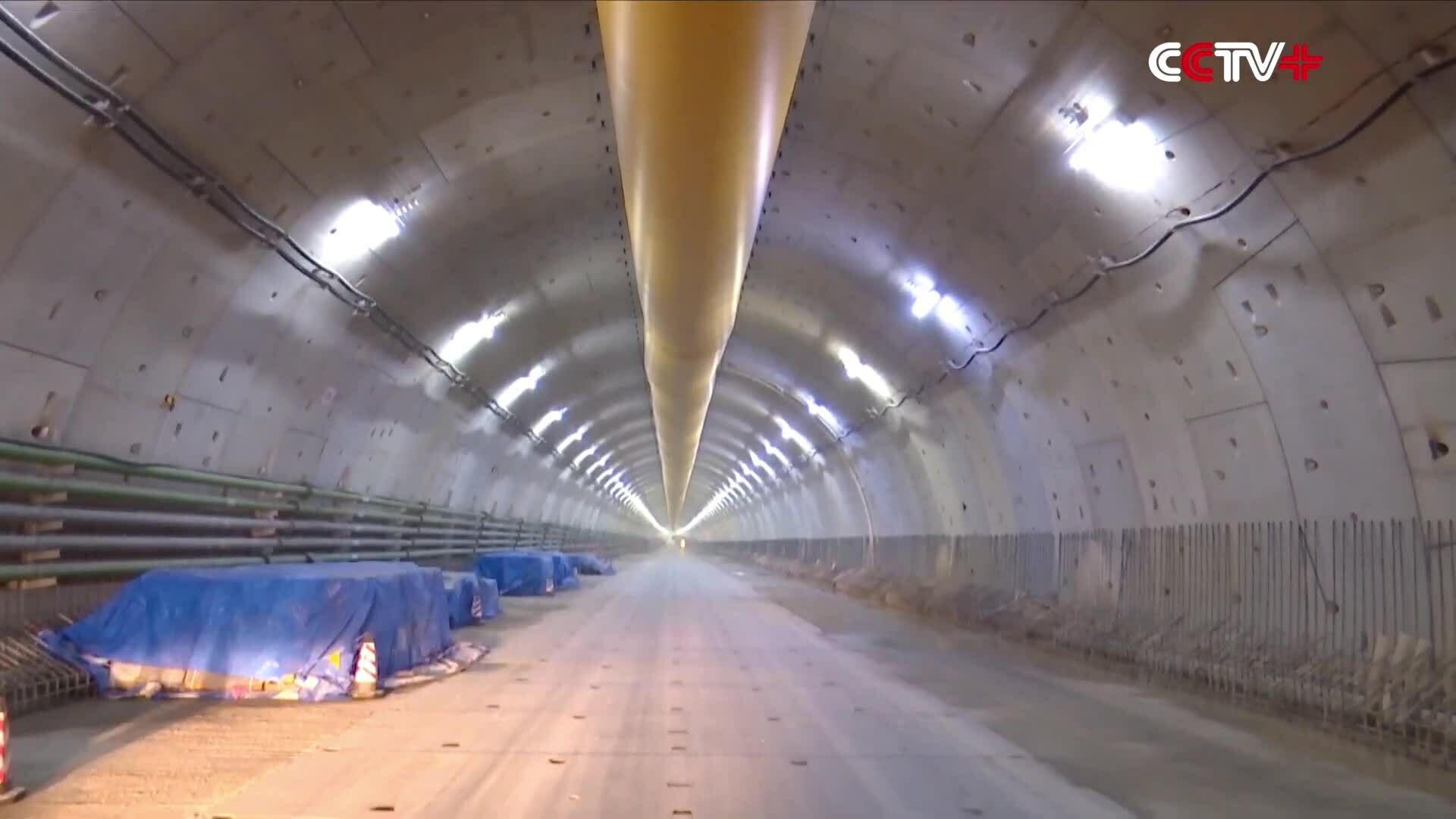 Trung Quốc thông đường hầm đầu tiên vượt sông Hoàng Hà