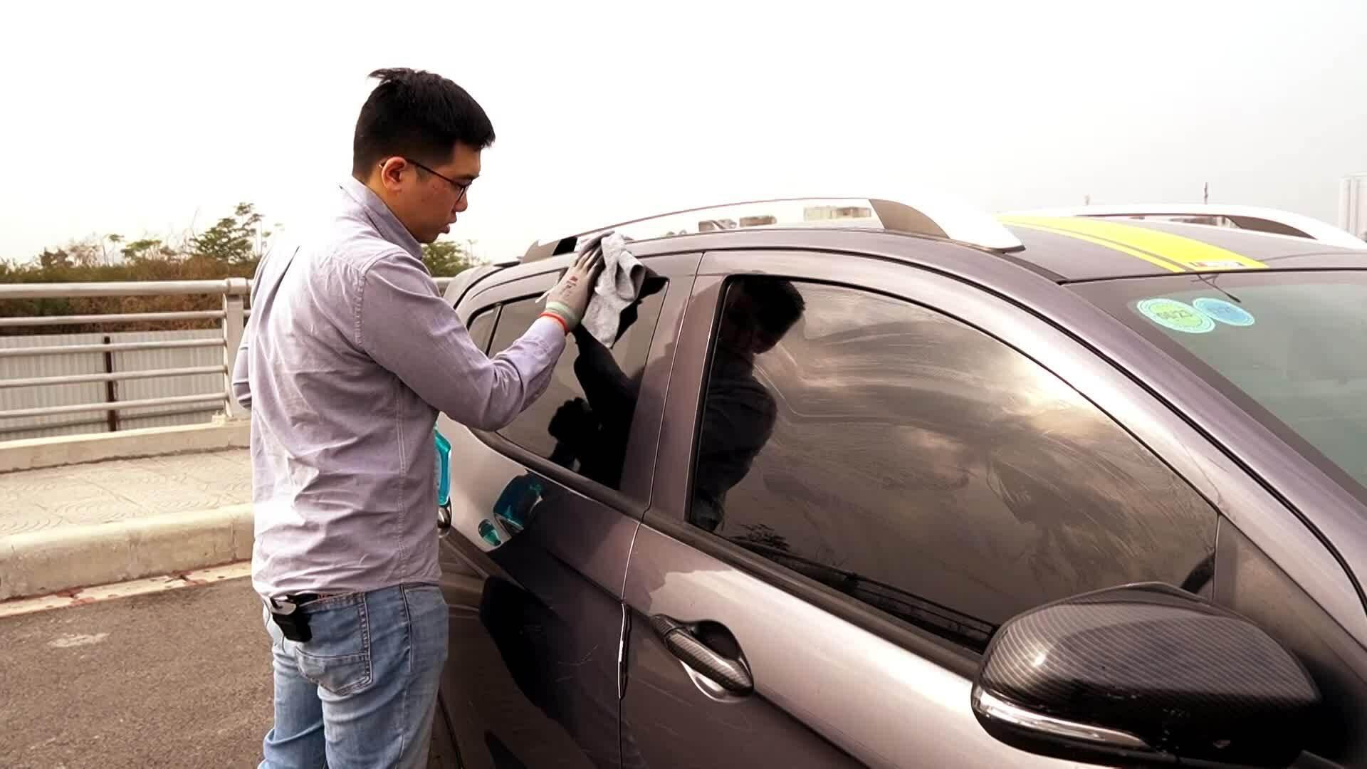 Tự chăm sóc xe tại nhà trong mùa dịch