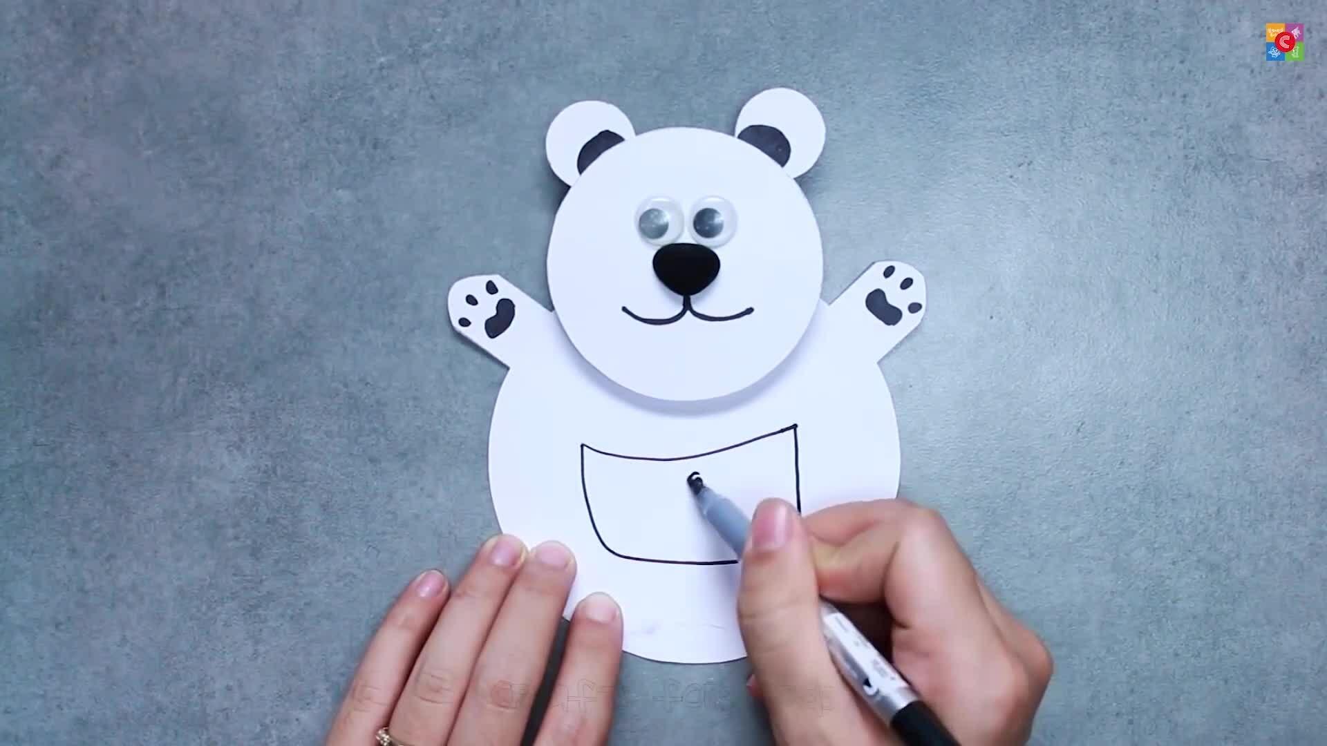 Dạy trẻ biến hóa với giấy màu