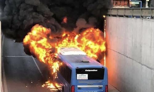 Clip minh hoạ cháy xe buýt