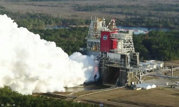 NASA thử nghiệm thành công tên lửa chở người tới Mặt Trăng
