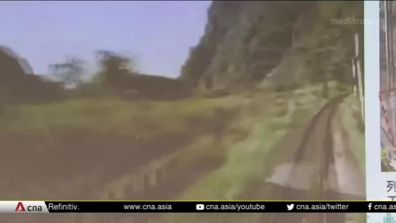 Khoảnh khắc tàu Đài Loan đâm vào hầm