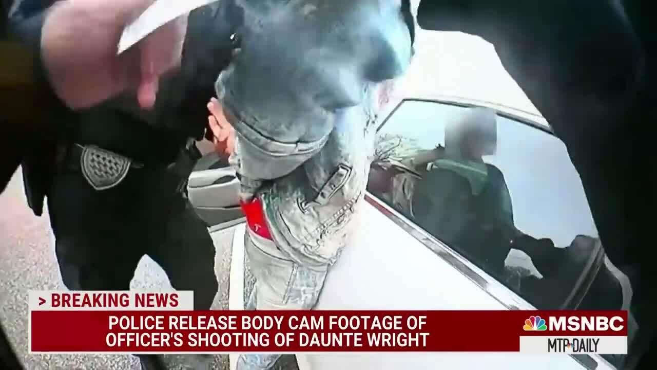Cảnh sát Mỹ nói bắn chết người da màu vì nhầm súng