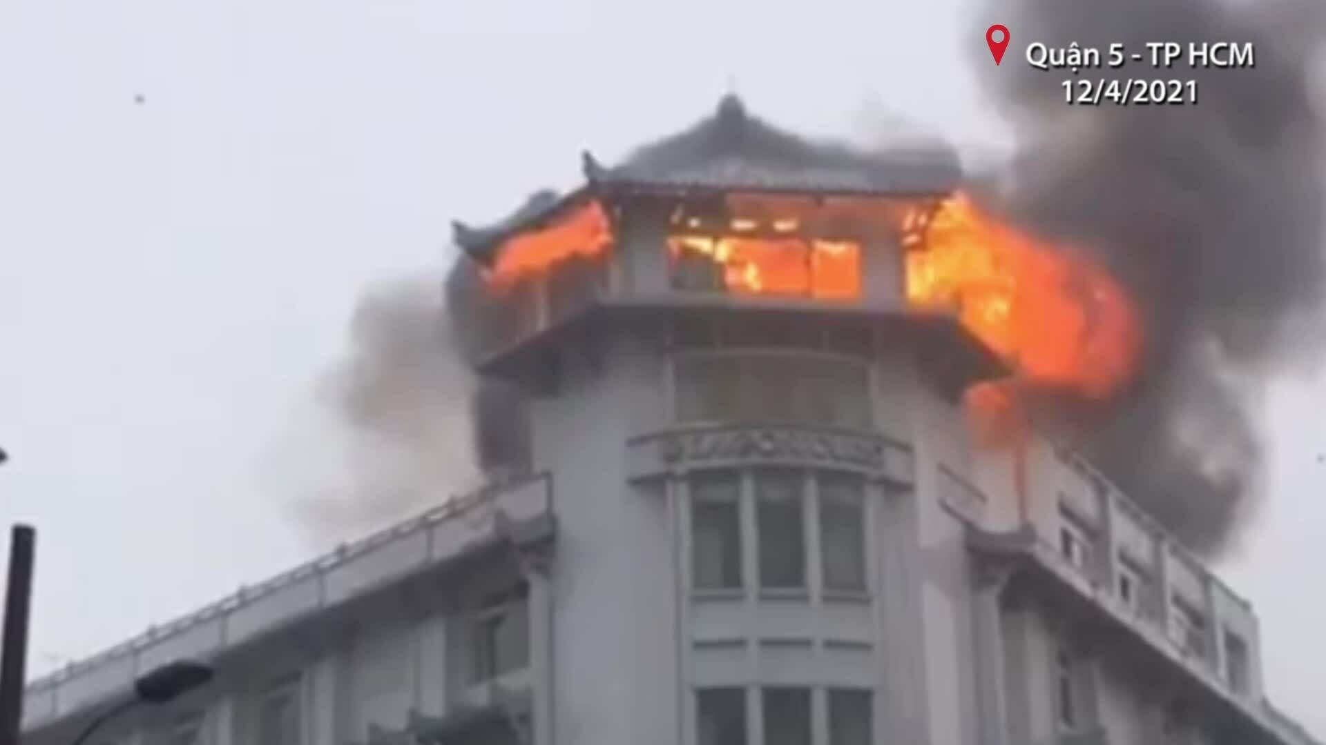 Cháy khách sạn quận 5