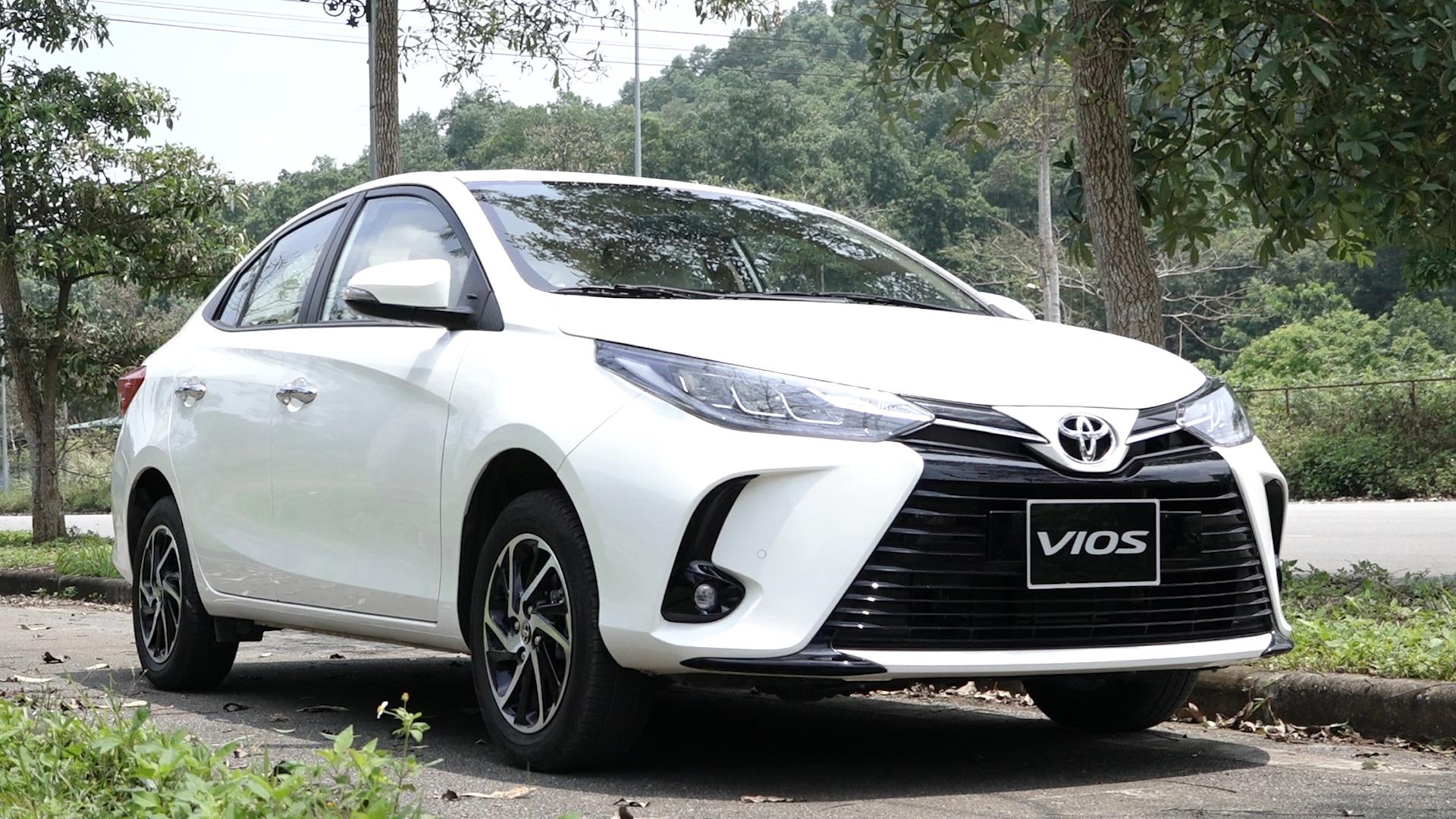 Đánh giá Toyota Vios 2021