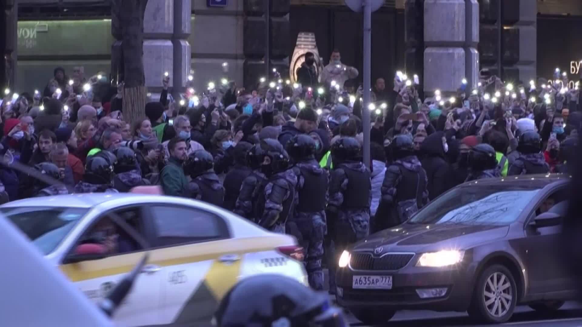 Nga bắt 1.000 người tuần hành ủng hộ Navalny