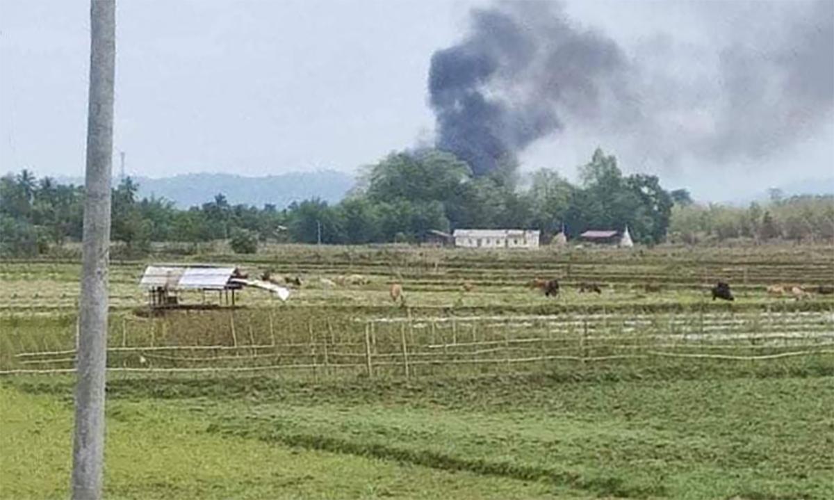 Phiến quân Myanmar bắn rơi trực thăng quân chính phủ