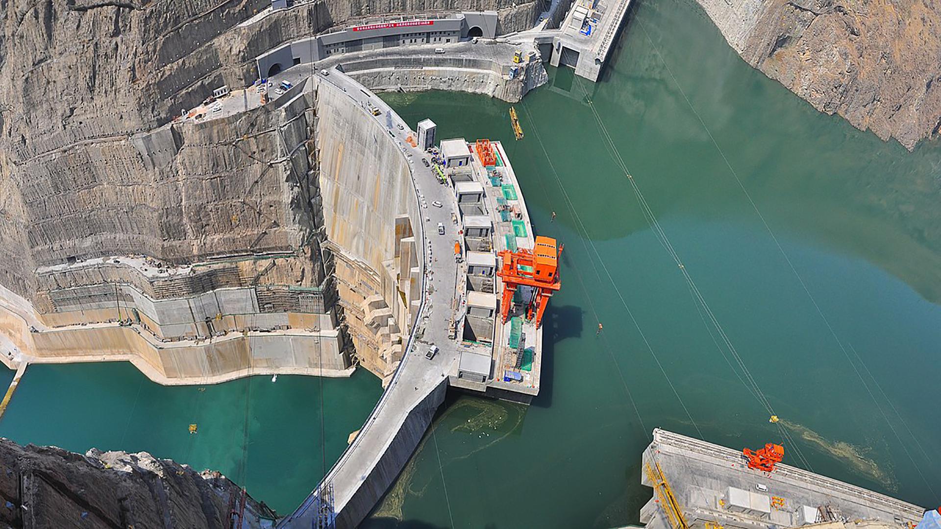 Trung Quốc vận hành tổ máy thủy điện lớn nhất thế giới
