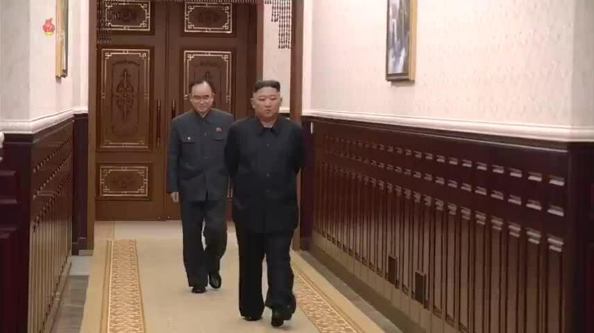 Kim Jong-un giảm cân