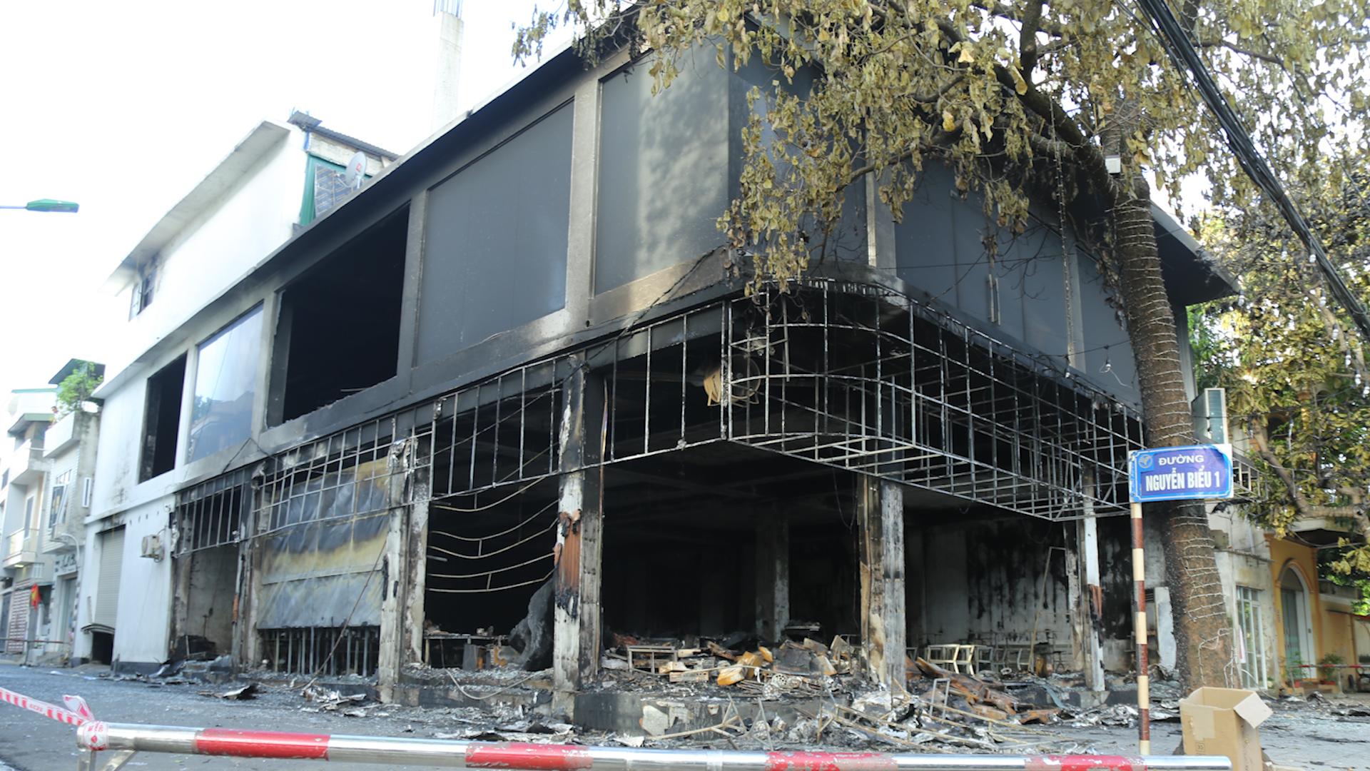 Nhân chứng kể lại vụ cháy phòng trà khiến 6 người chết