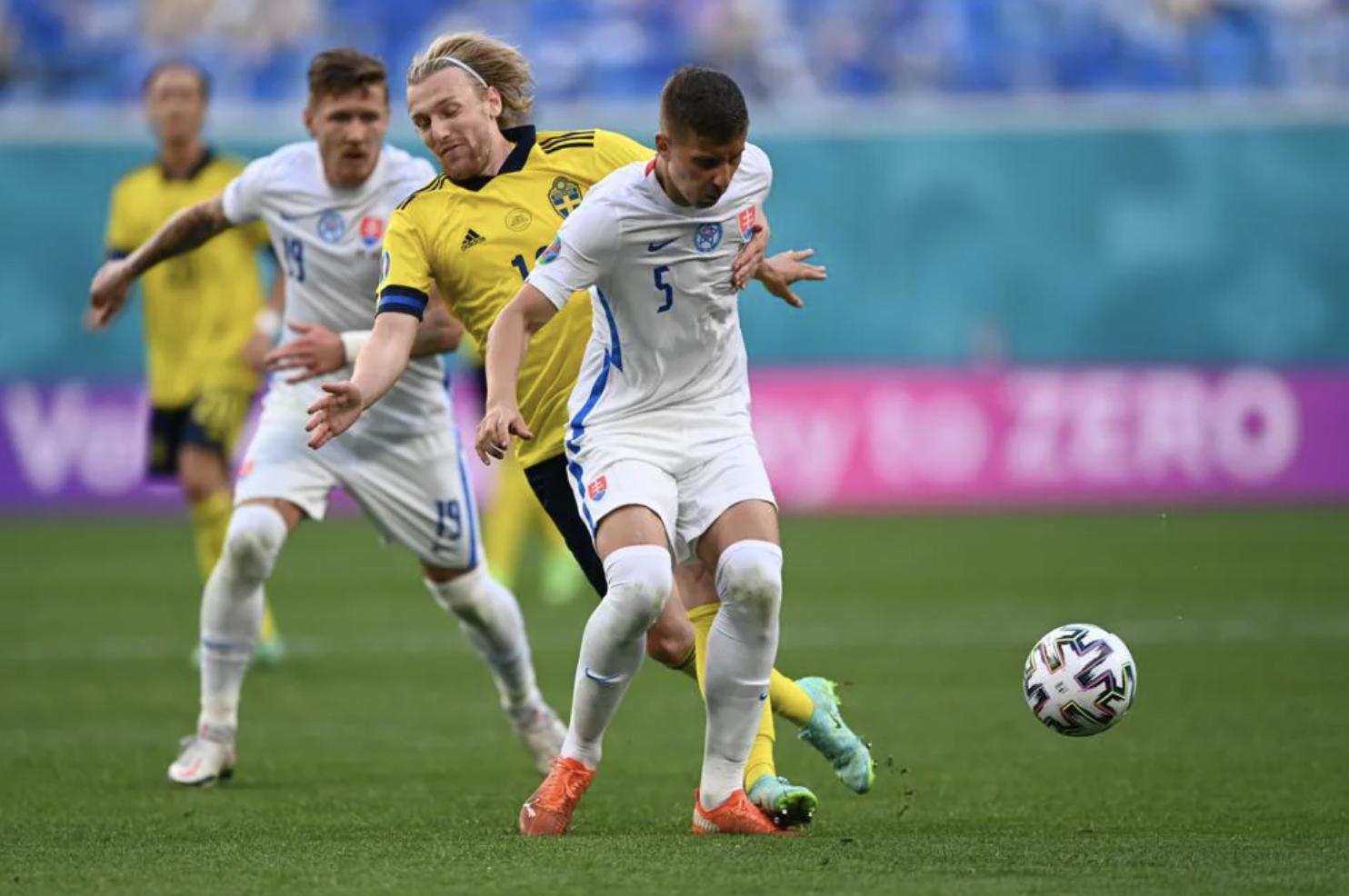 Thuỵ Điển 1-0 Slovakia