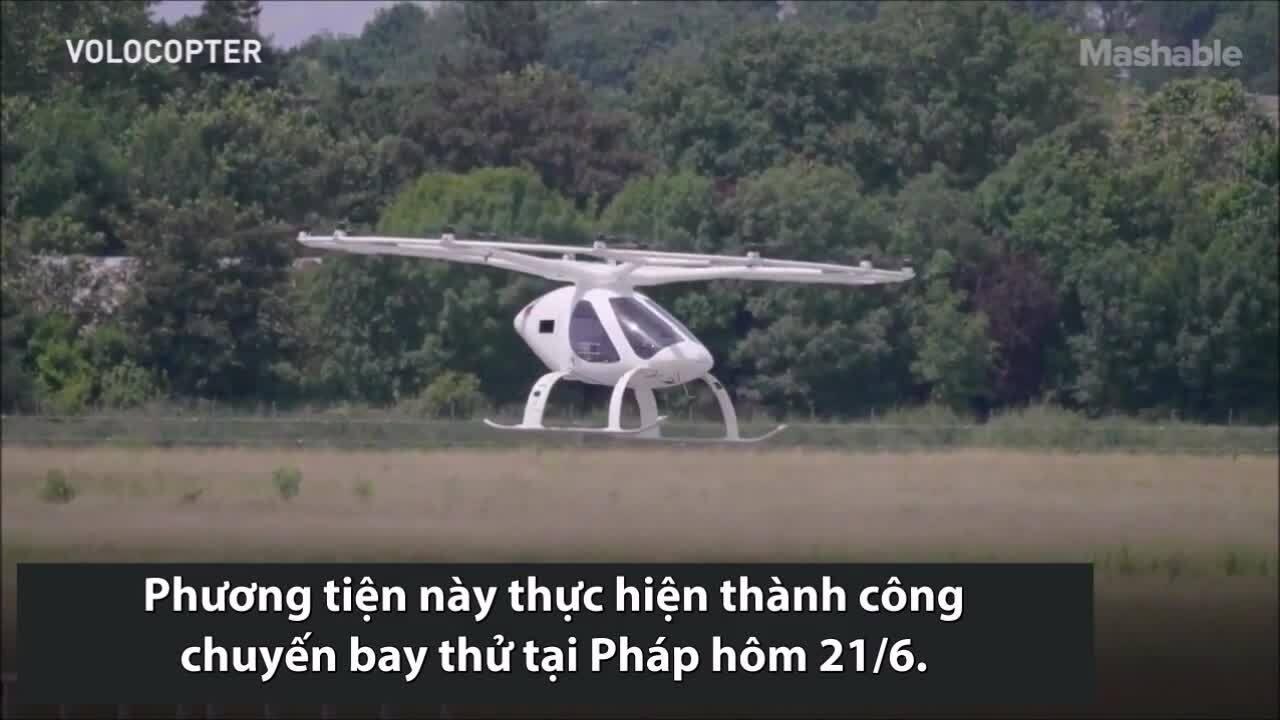 Taxi bay 18 cánh quạt thử nghiệm bay 30 km/h
