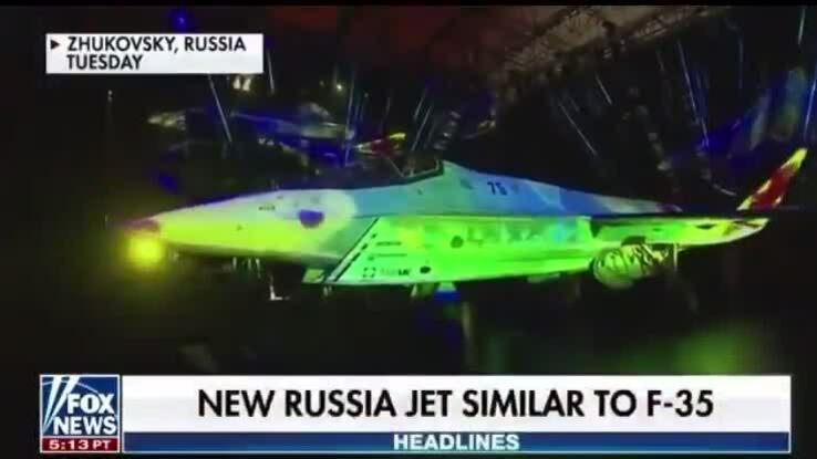 Biên tập viên Mỹ nói tiêm kích Nga nhanh 'gấp hai lần ánh sáng'