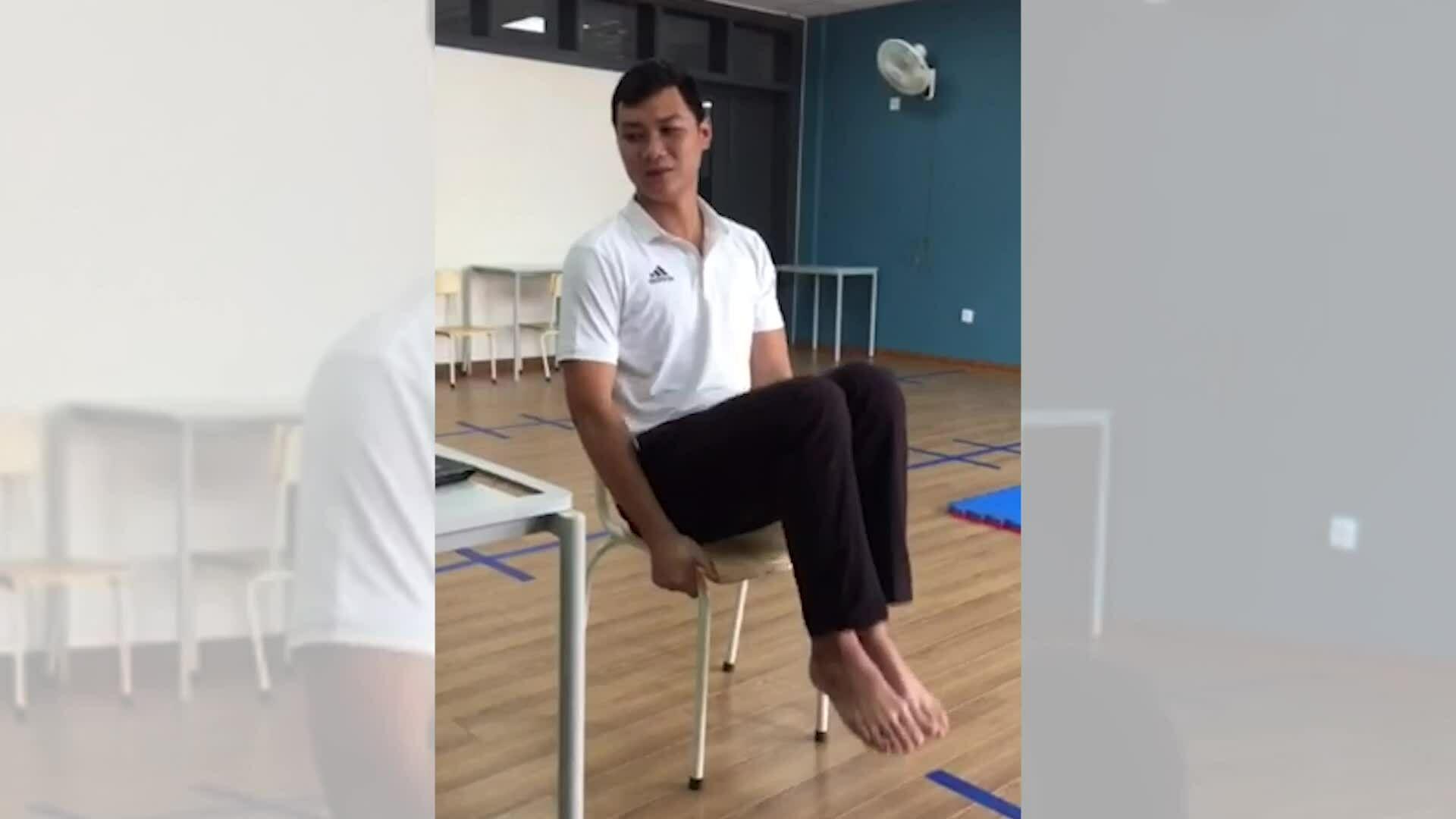 Bài tập với ghế