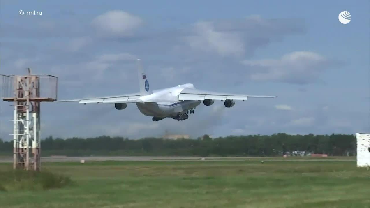 Vận tải cơ An-124  Nga chuyển 88 tấn hàng tới hỗ trợ Cuba