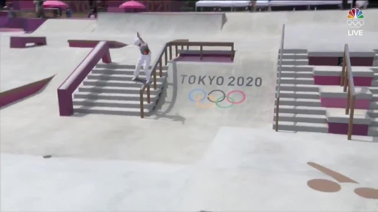 Cô bé 13 tuổi thành nhà vô địch trượt ván trẻ nhất lịch sử