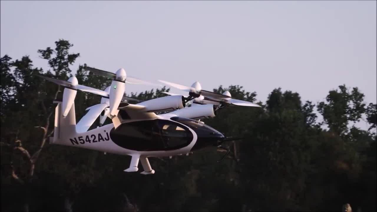 Máy bay điện lập kỷ lục bay liên tục 249 km