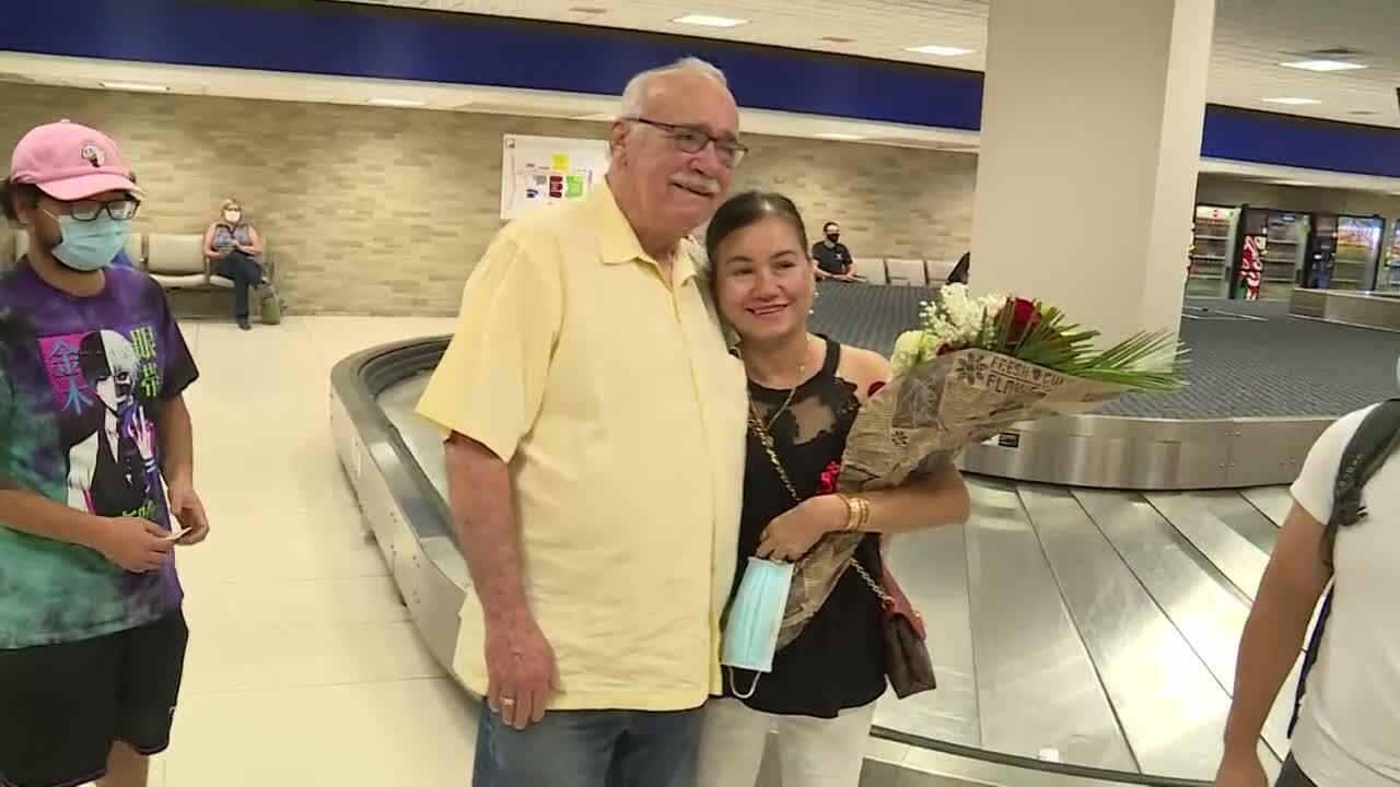 Cựu binh Mỹ gặp lại con gái Việt thất lạc 50 năm trước
