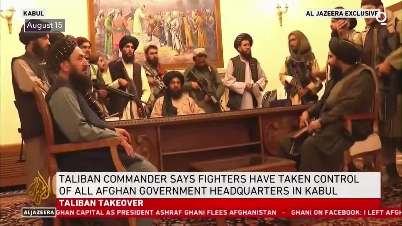 Taliban ăn mừng trong phủ tổng thống Afghanistan
