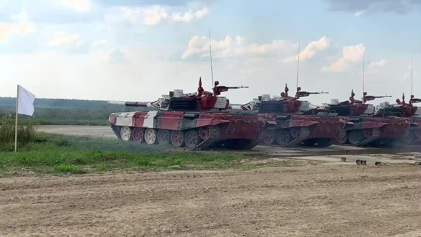 Đội xe tăng Việt Nam bắn trúng ngay phát đầu thử pháo tại Nga