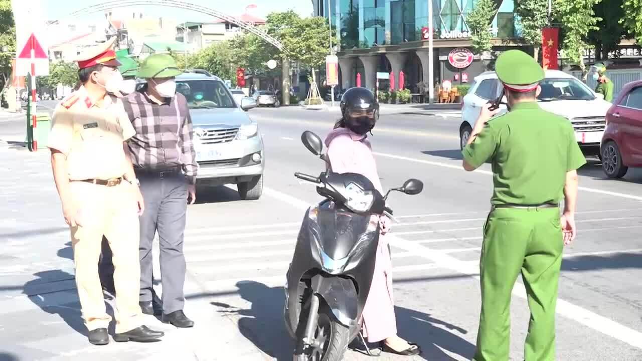 Hai huyện ở Nghệ An hơn 425.000 người giãn cách