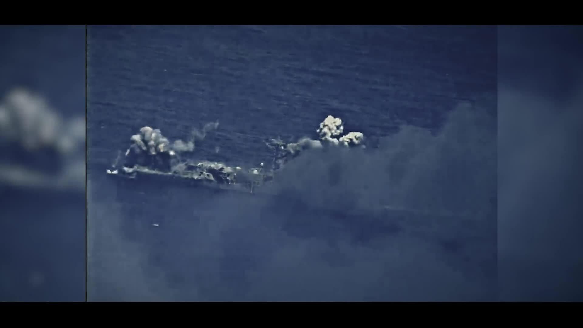 Khoảnh khắc tên lửa, ngư lôi hủy diệt tàu chiến Mỹ