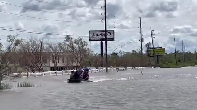 Bão Ida tàn phá miền nam nước Mỹ