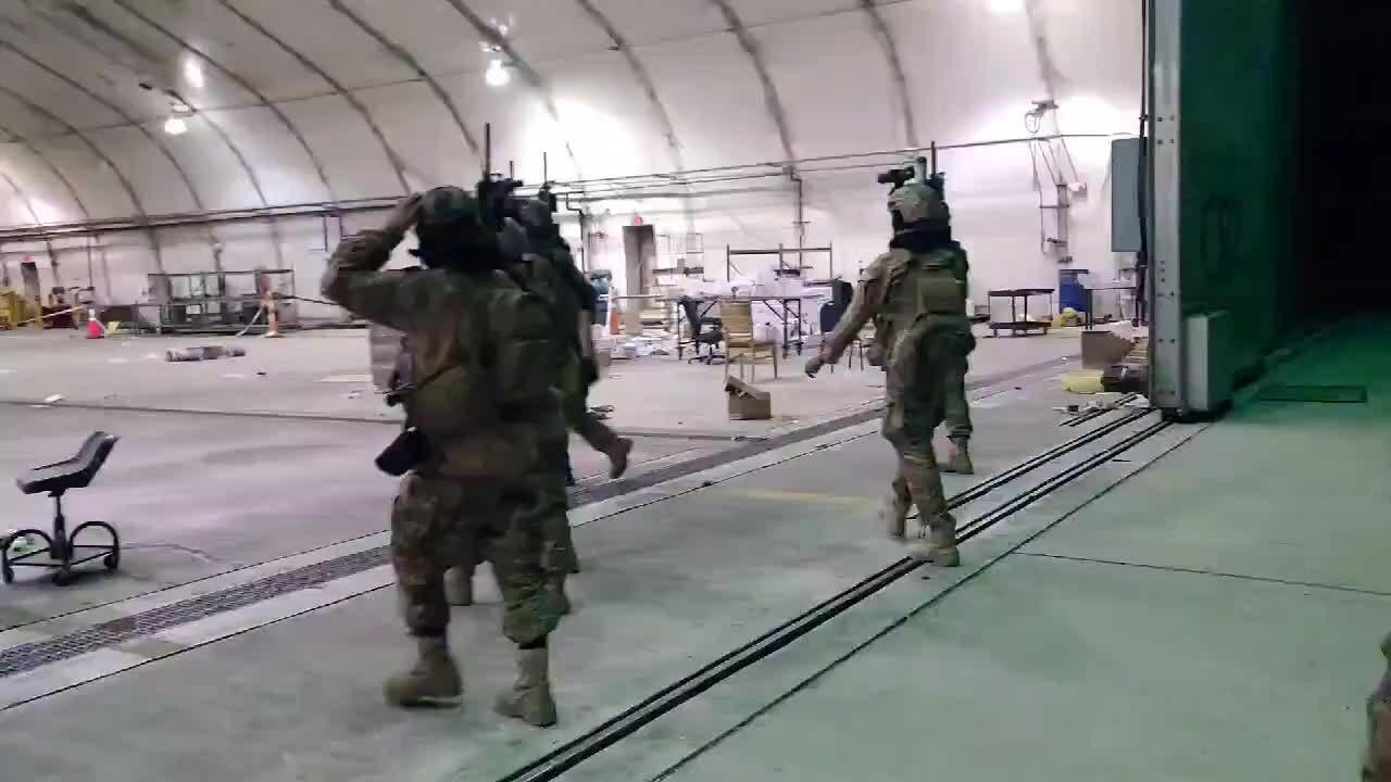 Nga nói vũ khí Mỹ giúp Taliban mạnh hơn quân đội Ukraine