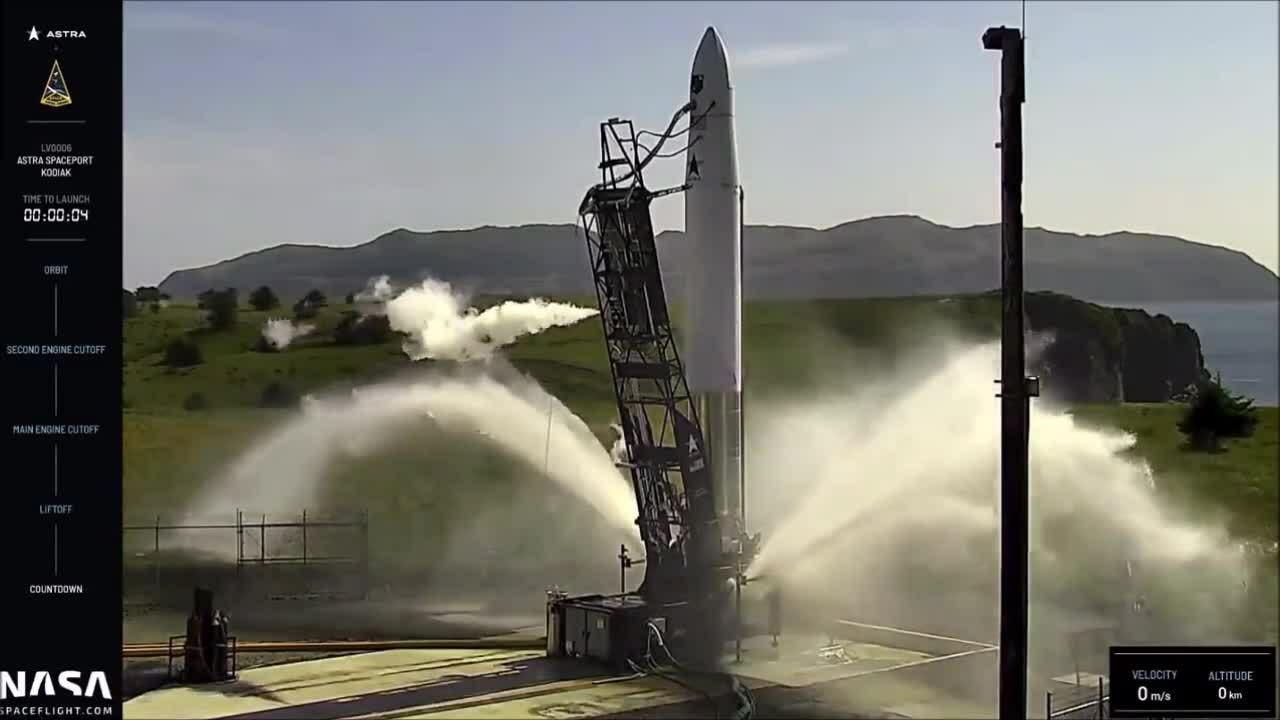 Tên lửa Mỹ đảo sang ngang trong thử nghiệm phóng