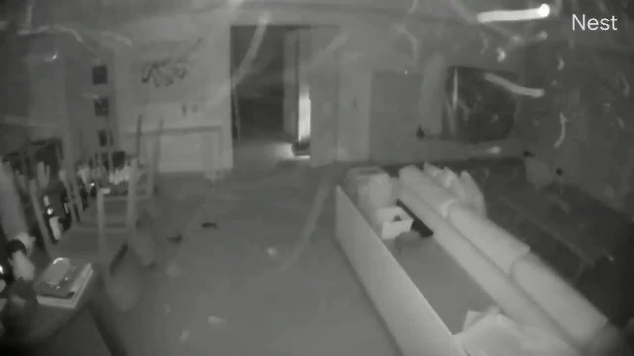 Động đất 7 độ rung chuyển Mexico