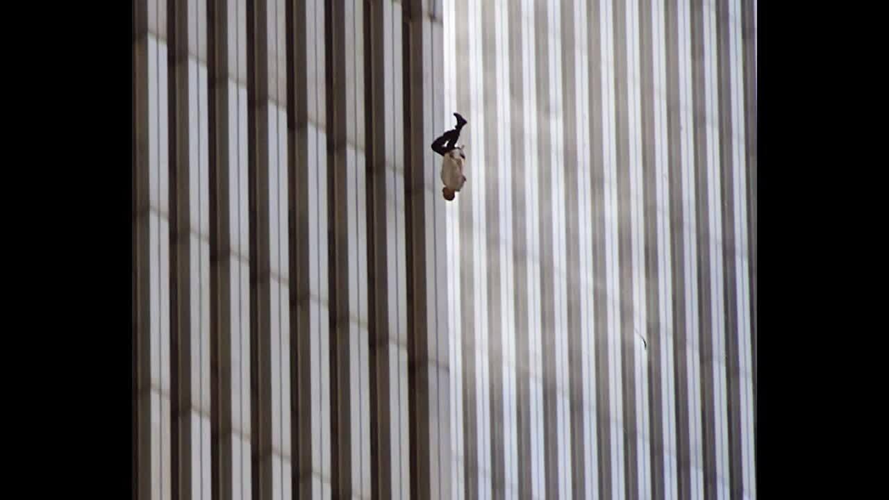 Bức ảnh 'tĩnh lặng' về vụ 11/9 khiến nhiều người ám ảnh