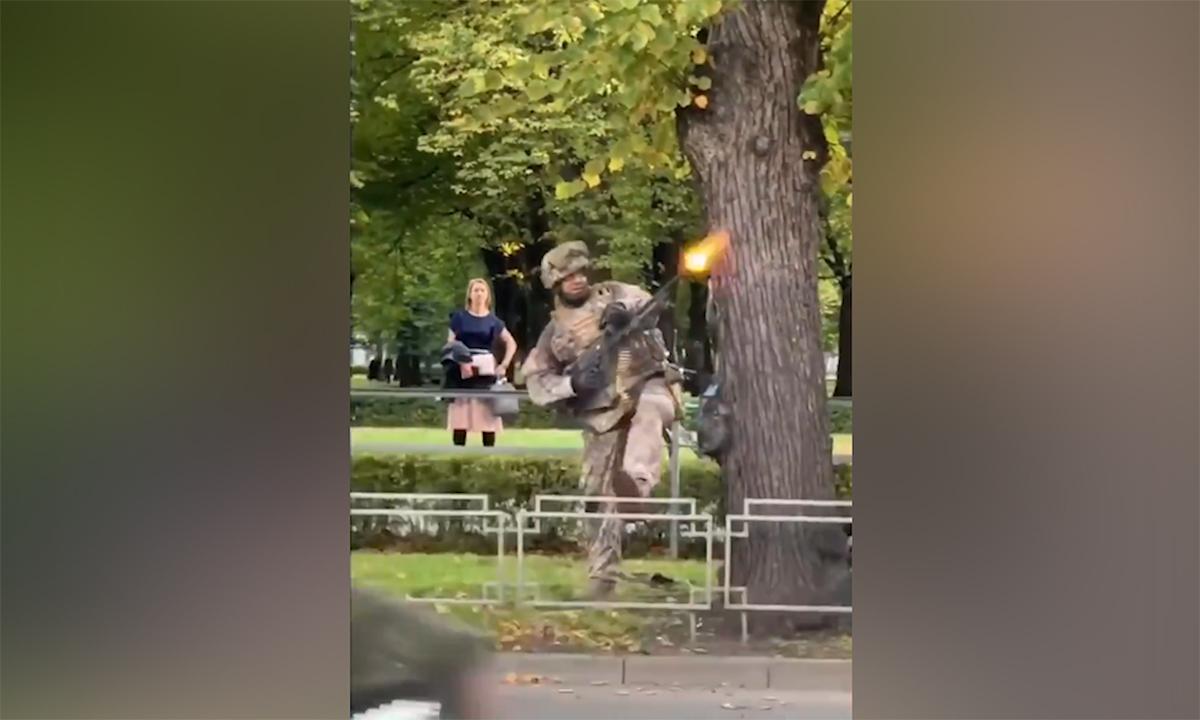 Quân đội Latvia nổ súng giữa thủ đô trong diễn tập của NATO