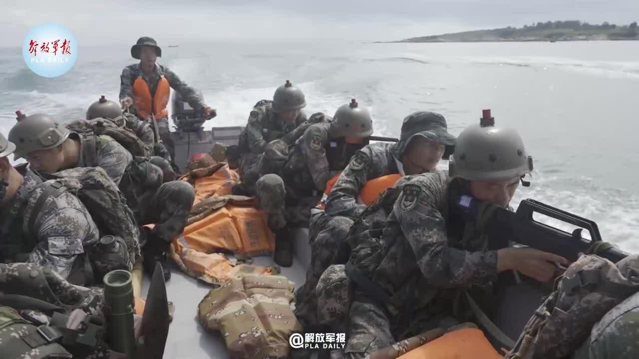 Trung Quốc diễn tập đổ bộ gần Đài Loan